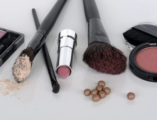 buying-make-up-online