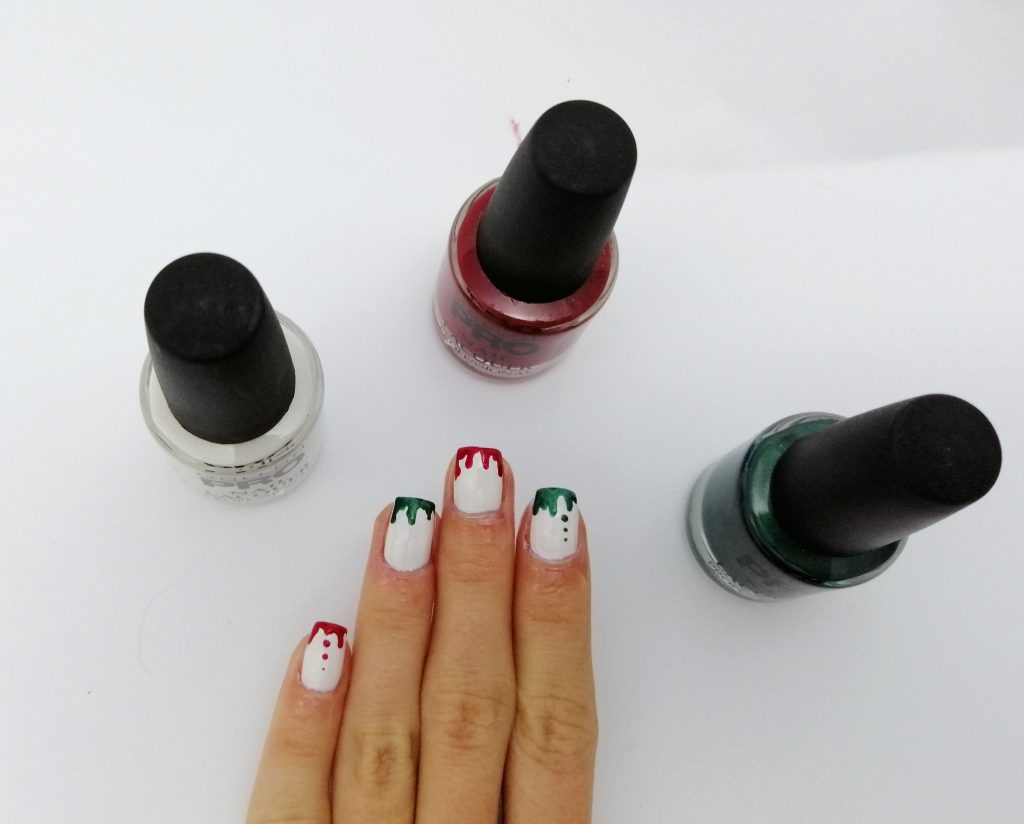 mollo-pro-christmas-nail-art-idea