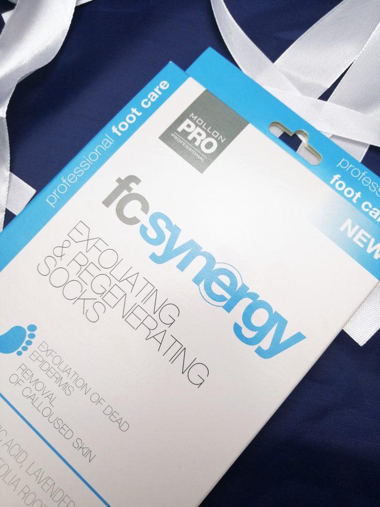 mollon-pro-fc-synergy-exfoliating-regenerating-socks