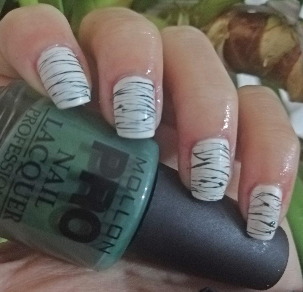 mollon-pro-sugar-spun-manicure