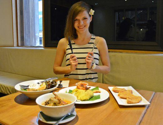 nanda heritage hotel restavracija hrana na tajskem
