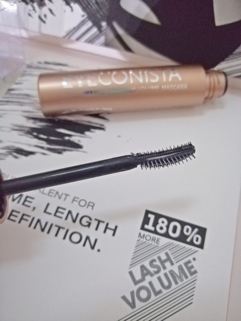catrice-eyeconista-lash-millionizer-volume-mascara