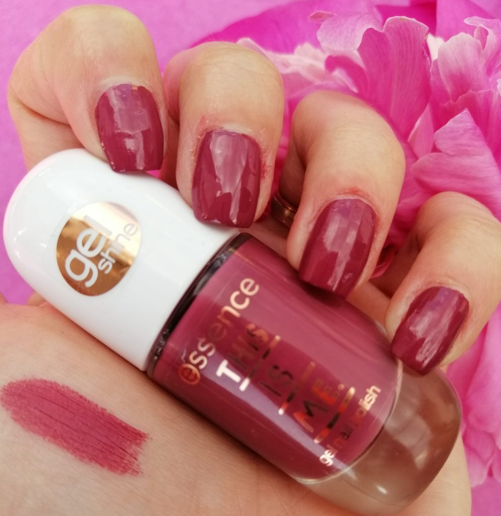 essence-this-is-me-nail-polish-lipstick-collection-04-crazy