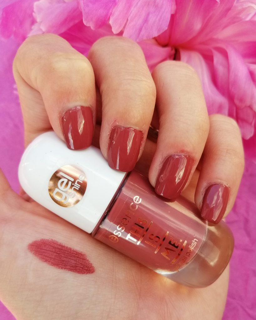 essence-this-is-me-nail-polish-lipstick-collection-06-real
