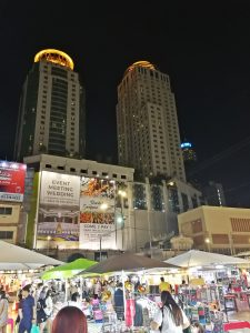 three-days-bangkok-itinerary-night-market