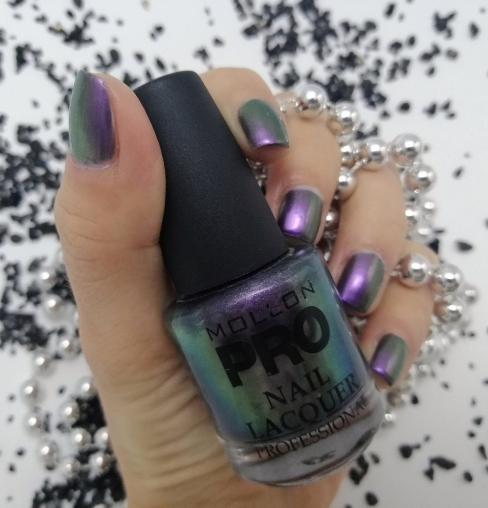 favourite-nail-polish-of-2019-mollon-pro-203