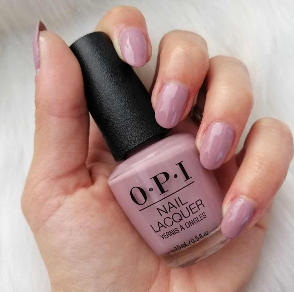 favourite-nail-polish-of-2019-opi-youve-got-that-glass-glow