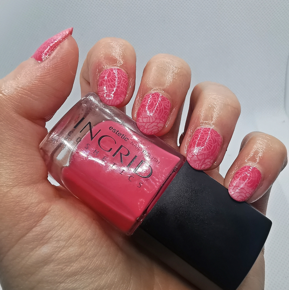 pomladni-nohti-ingrid-cosmetics-017-lak-za-nohte-lepotna-policka